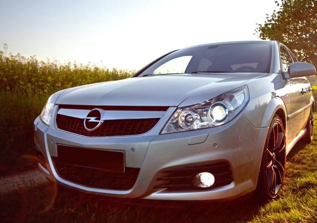 Dlaczego warto zdecydować się na zakup samochodu marki Opel